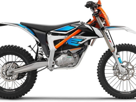 KTM, Honda, and Yamaha to Make Swappable Batteries for Electric Motorcycles and Vehicles