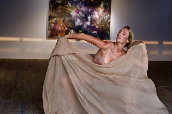 Lauren Tracy ARTIST.jpg