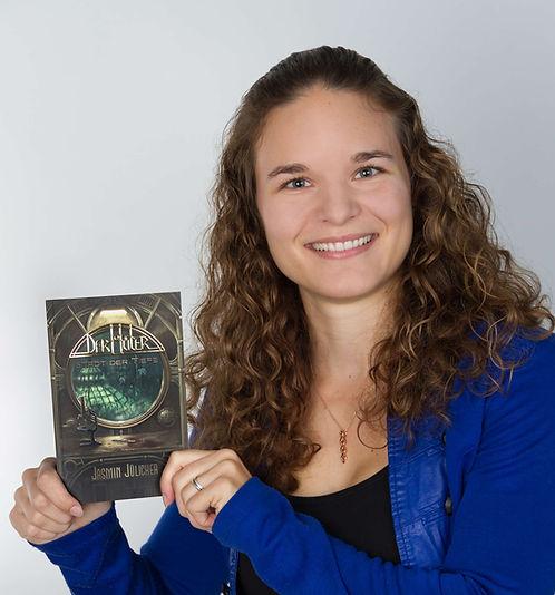 Jasmin Jülicher schreibt Steampunk Bücher