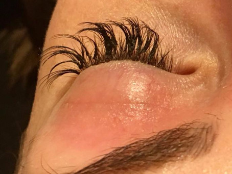 OMG, look what happens when lash extensions are applied badly!
