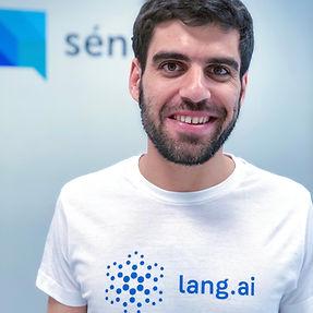 Jorge_Peñalva_INTL_AI_Lang.ai.jpg