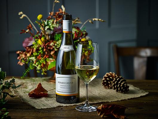 kumeu_river_white_wine.jpg