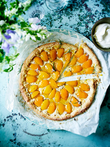 Apricot Gosemary Galette