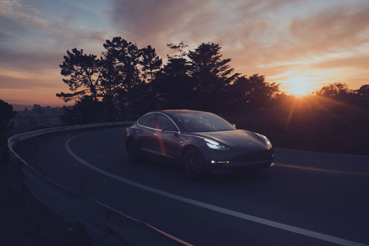 Moritz_von_Lüpke_Tesla_25.jpg