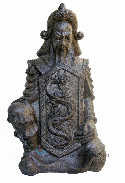 Kneeling Kublikhan Statue