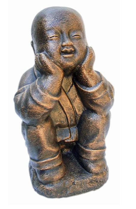 Shaolin Squatting Statue