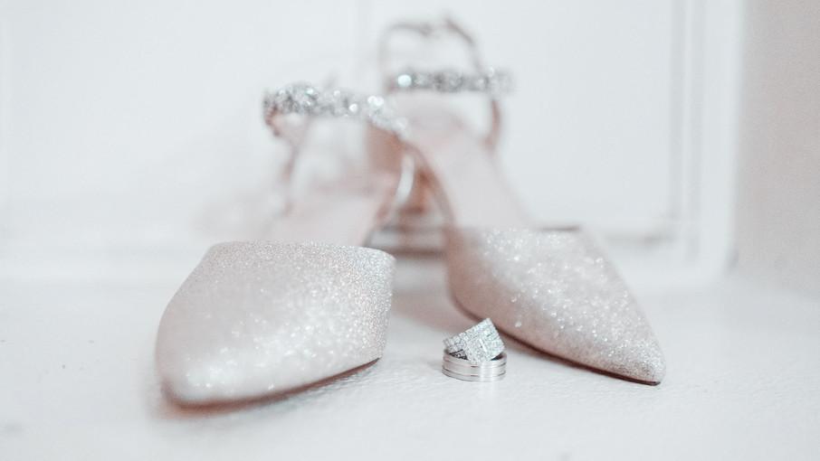 wedding-rings2-jessica-levensjpg