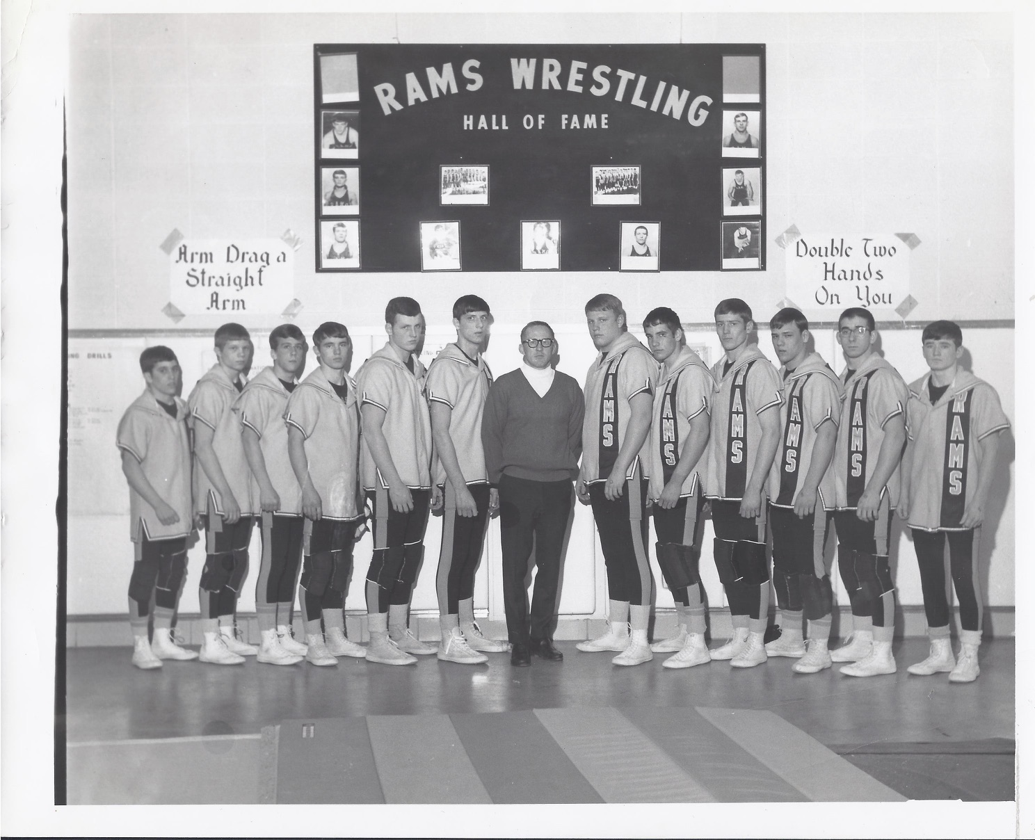 1969-70 SEP Wrestling team picture.jpg