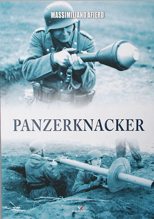Kagero_Panzerknacker.JPG