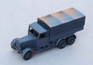 Minitanks_Henschel (1).JPG