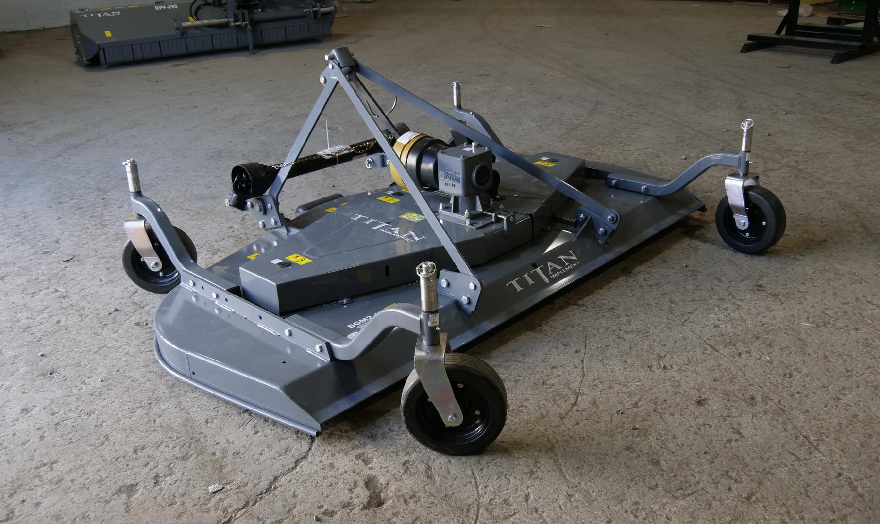 SGM Grooming Mower (3).JPG