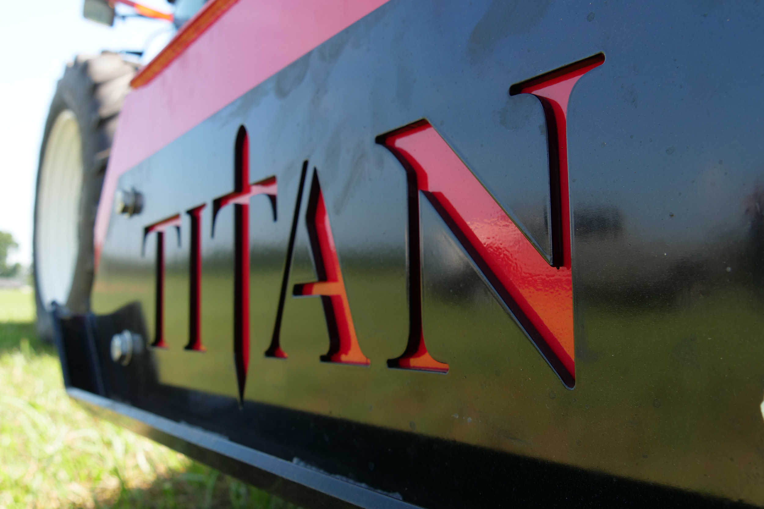 www.titanimplement.com