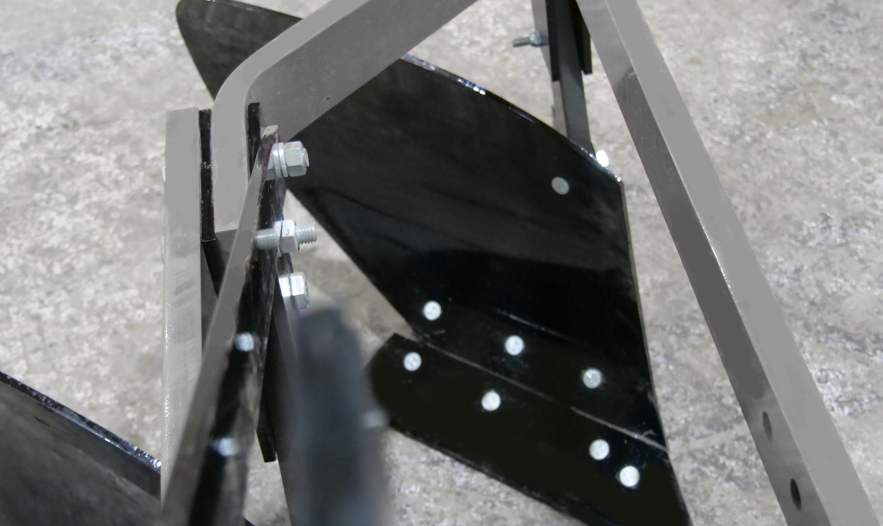 6200 Moldboard Plow  (7).png
