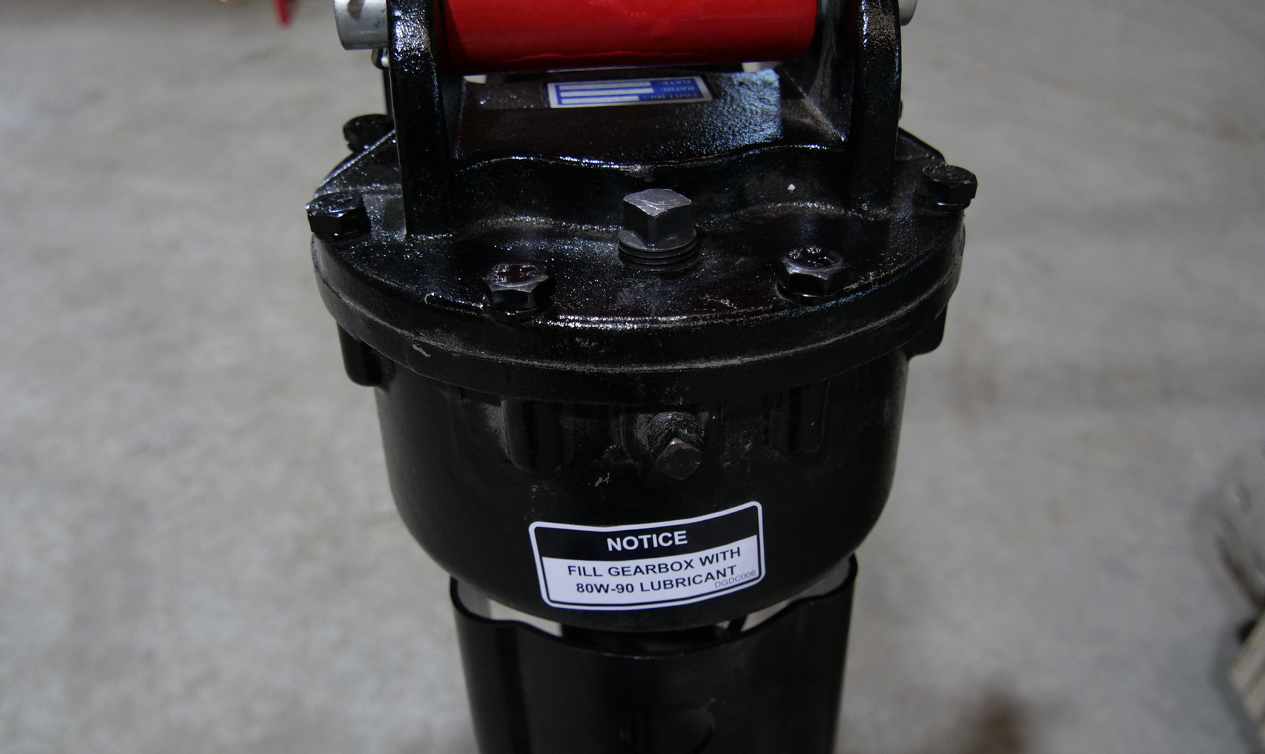 Titan Implement Post Hole Digger (15).JP