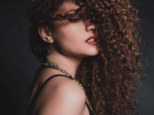 Meet ROSA G.                                      Model spothlight