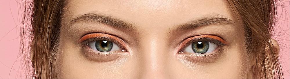Augen mit Lidschatten