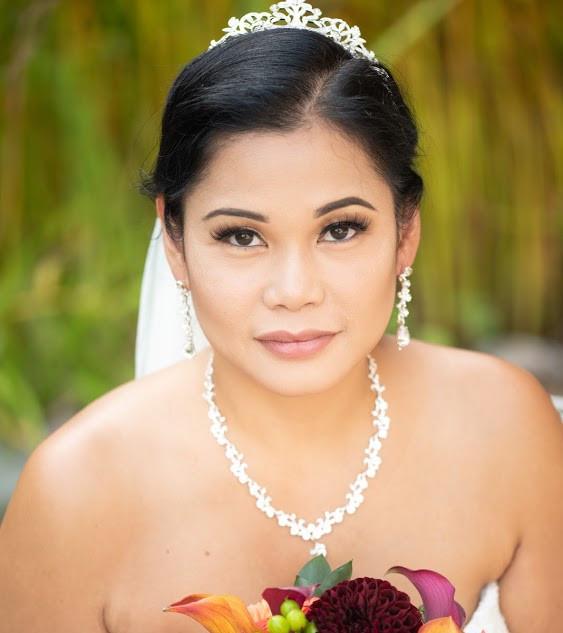 Stunning Autumn Bride!