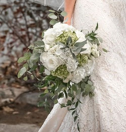 This bridal bouquet is a natural beauty.