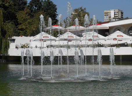 От днес градският парк на Добрич разполага с още една красива водна атракция.