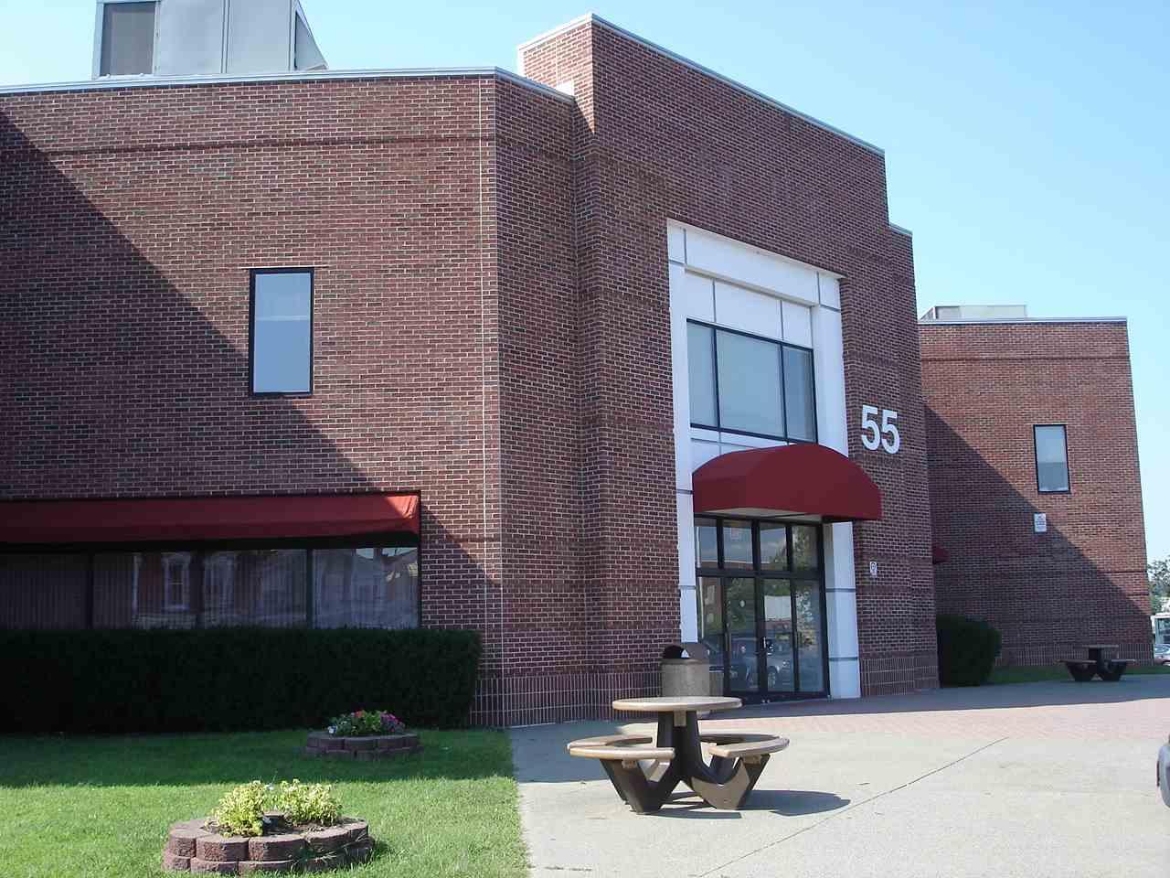 55 Mohawk - Exterior Front Entrance #2