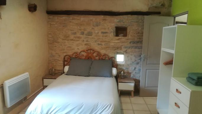 Le mas de Carrié - Appartement Le fournil - La chambre lit 140*190