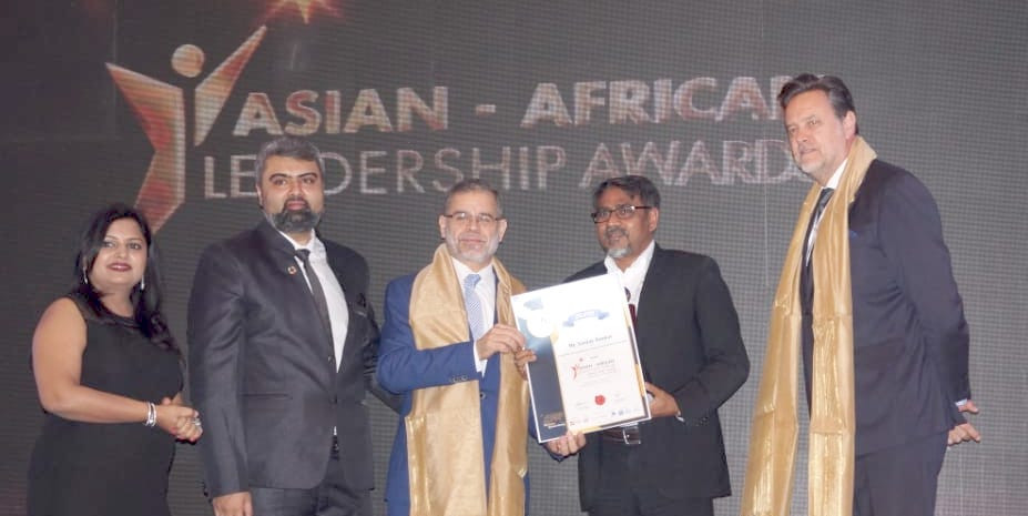 """Sanjay Kumar conferred with the award """"Leadership Award for promoting advancement in Information Technology"""""""