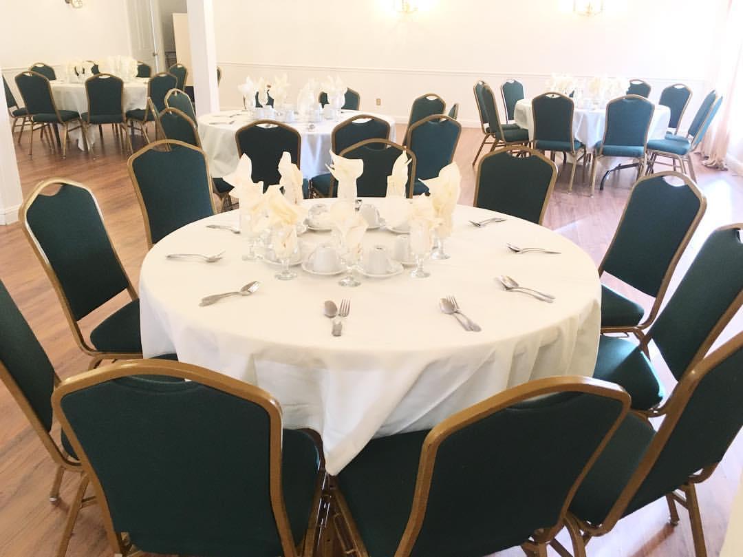 Standard Green Banquet Chairs+Set Up