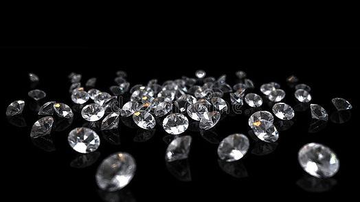 diamantes-no-fundo-preto-27688466.jpg
