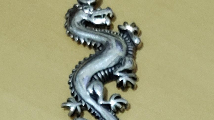 Pendente dragão (AC139)