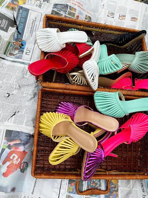 Neon pink Lottie basket