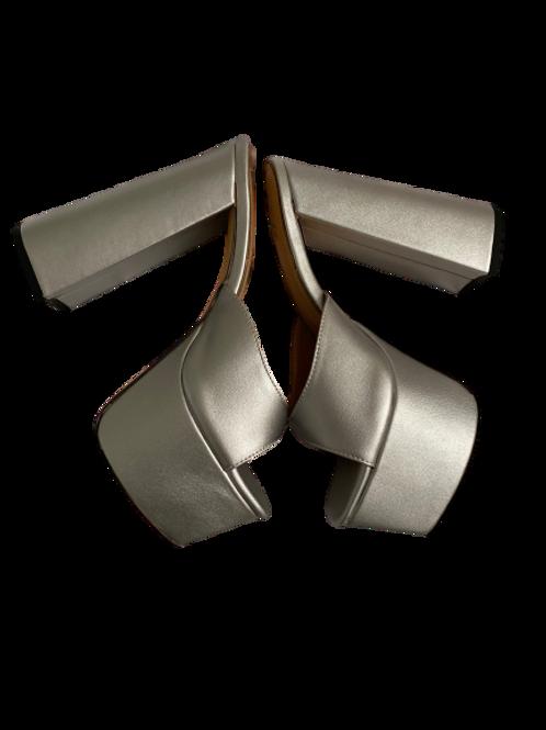 Silver Trixie ( Preorder )