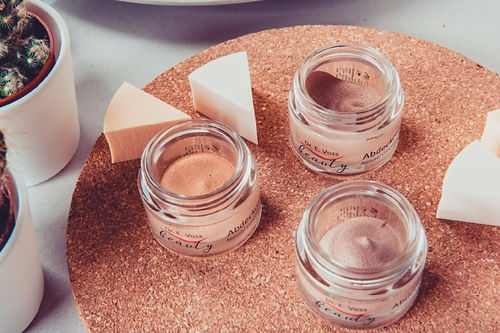 Natural Concealer Cream web.jpg