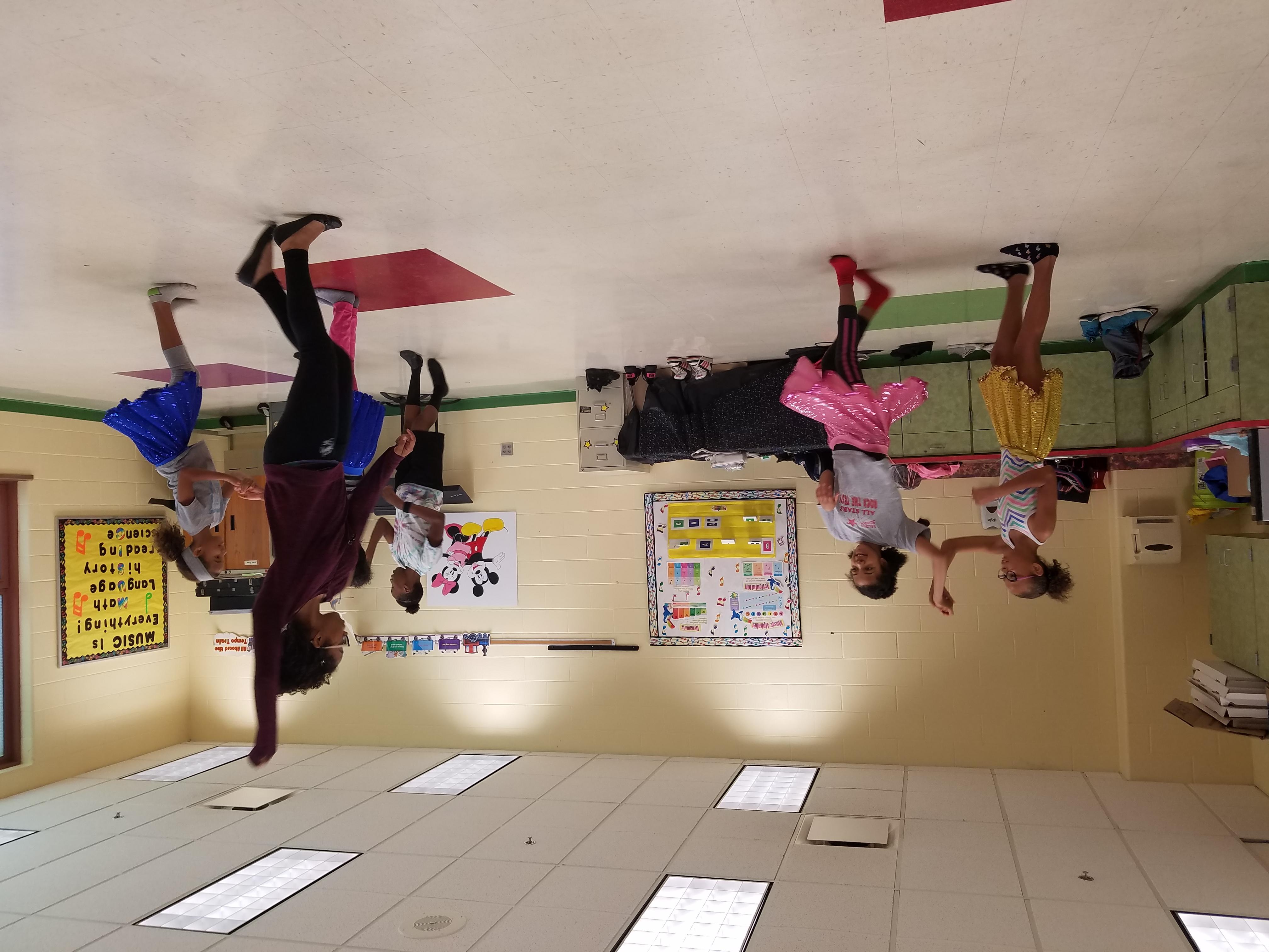 Aurora's dance class 1