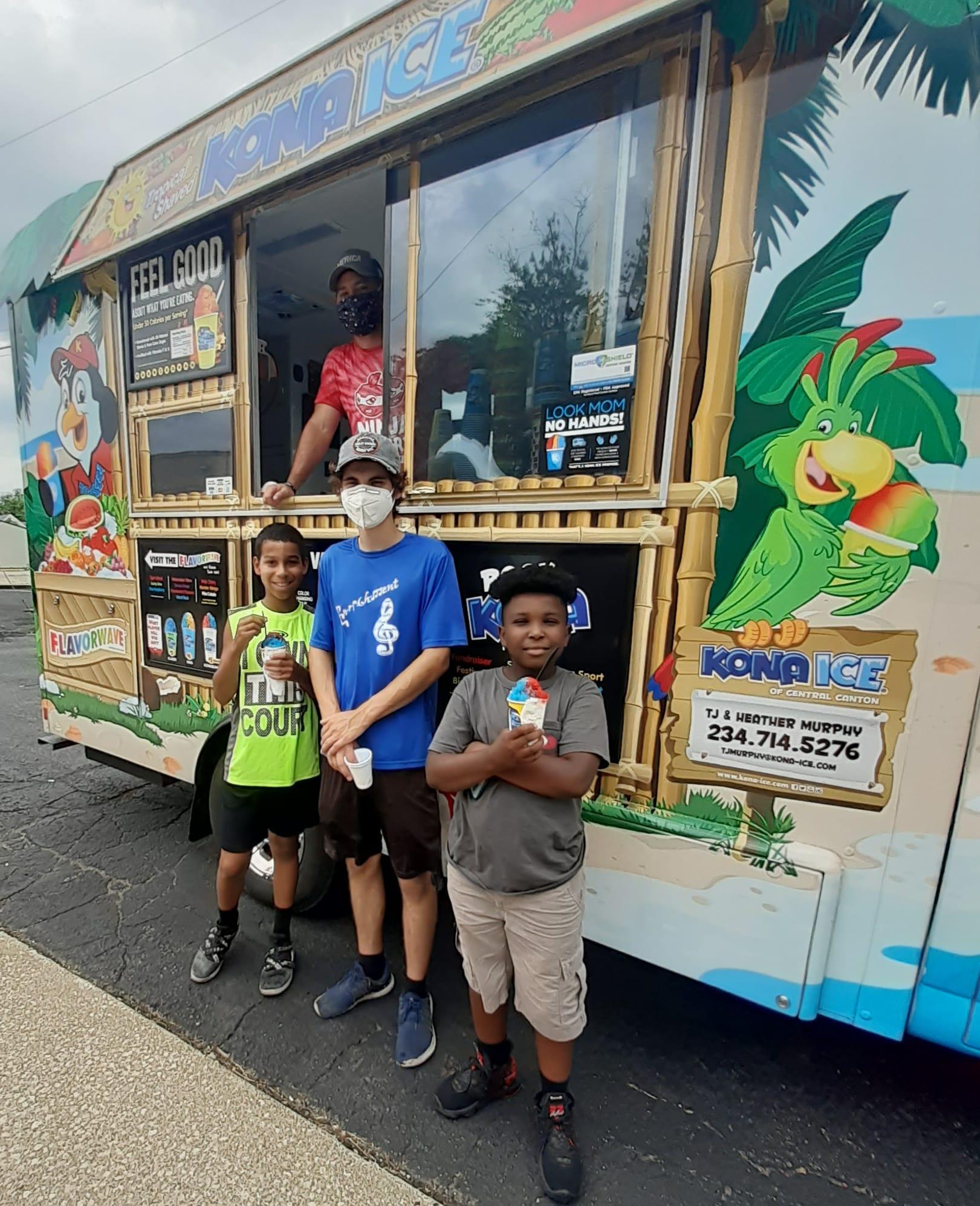 Kona ice Truck Fine Arts Summer Camp