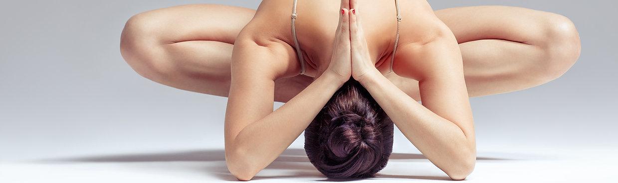 Model Yoga Postiton Seele in Harmonie