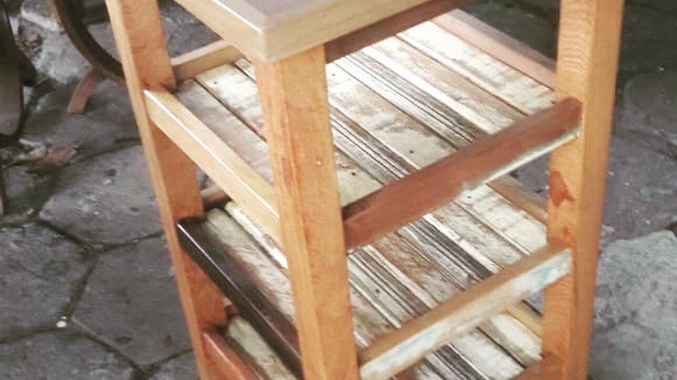 Armário baixo com prateleiras - 40cm