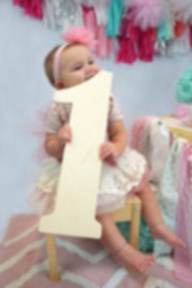 one-year-old-2260599_1280.jpg