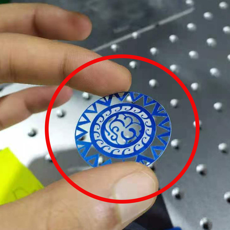 Watch dial with fibre laser engraving