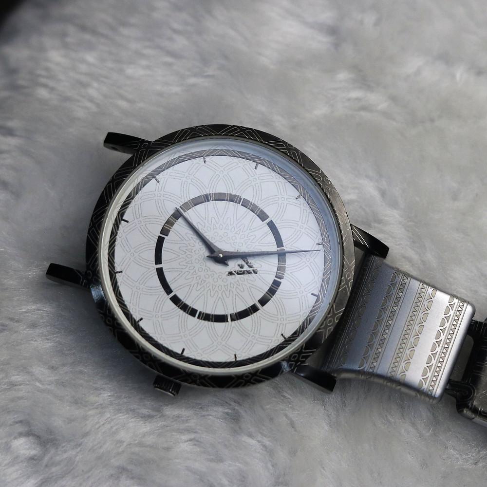 Wristwatc, watch straps, engraving