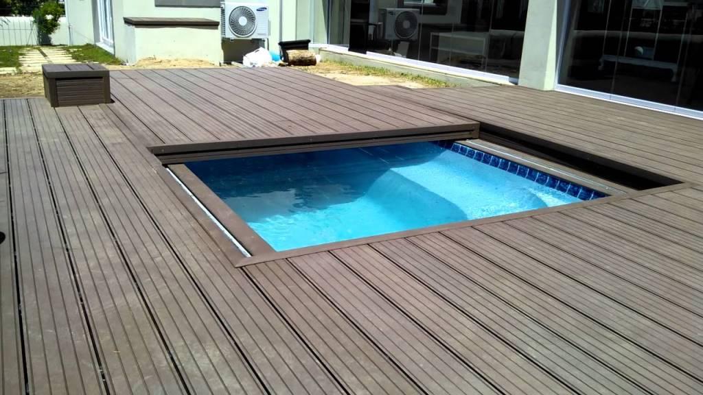 couverture piscine bois escamotable