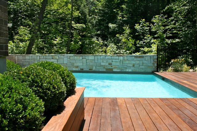 entourage de piscine bois