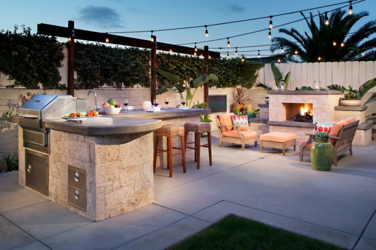 barbecue-moderne-coin-repas-terrasse