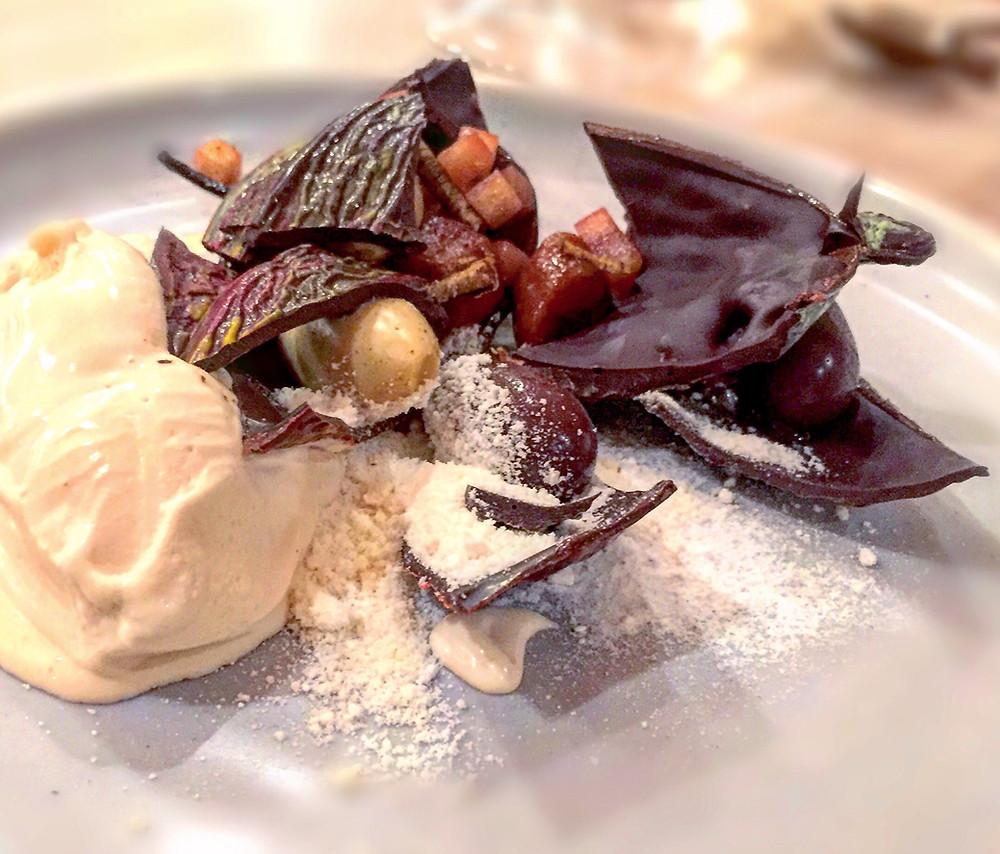 Lûmé | Chocolate pod