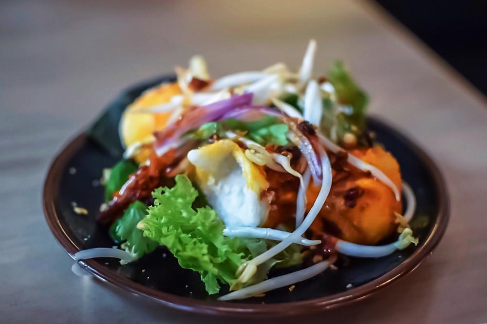 Hochi Mama | Crispy prawn dumplings