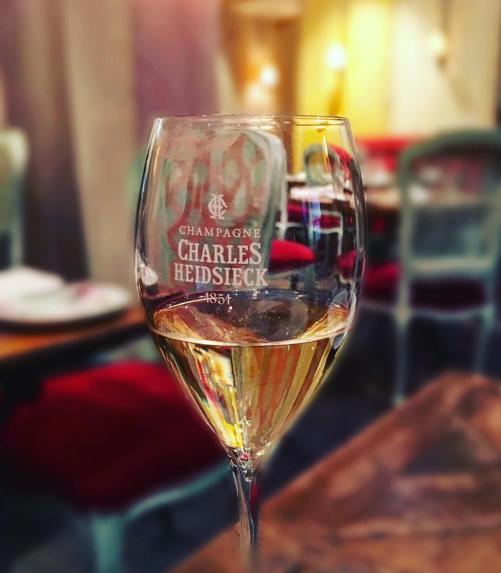 Bistro Vue | champagne