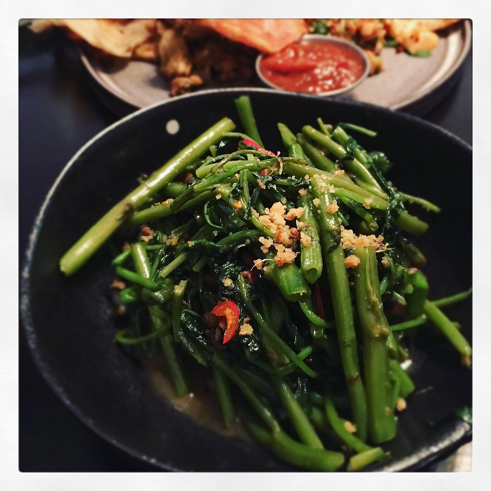 Rice Papar Sister |  Water spinach