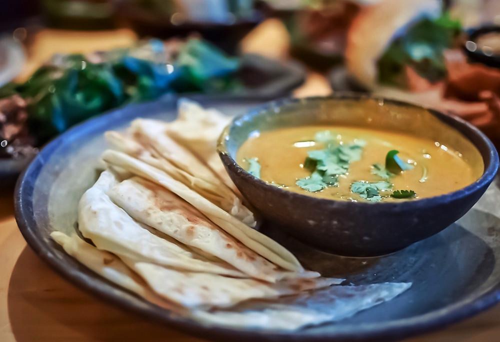 Hochi Mama | Roti with curry sauce