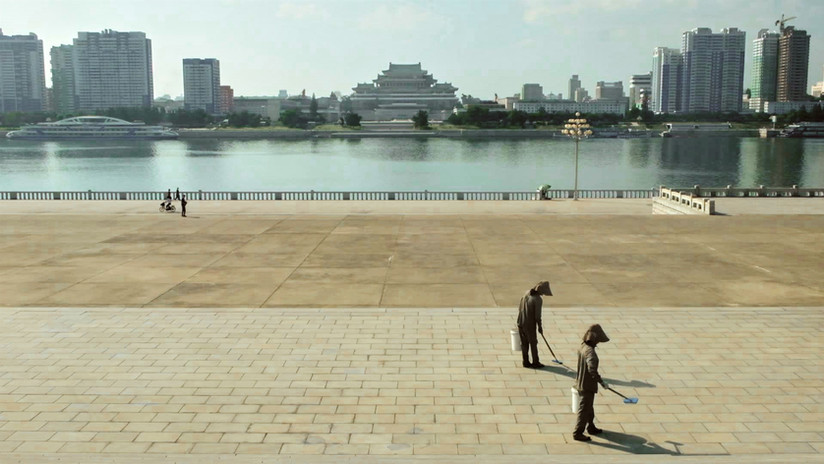 North Korea_PyongYang_Factory 16.jpg