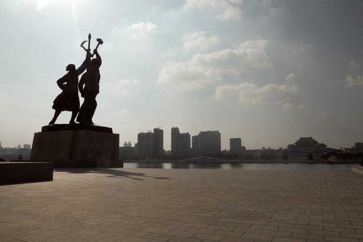 North Korea_PyongYang_Factory 17.jpg