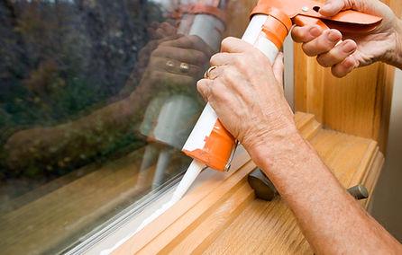 windowinsulation-caulk-1000.jpg